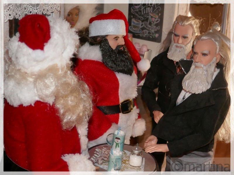 Zwei Weihnachtsmänner 2021