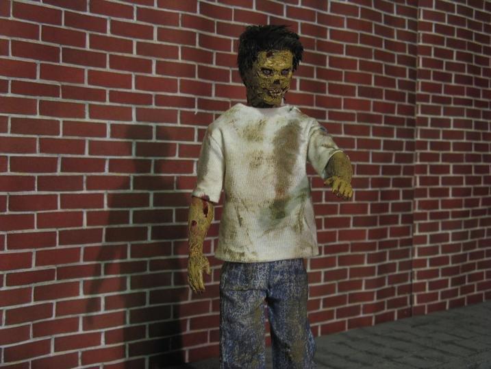 Shorty mutiert zum Zombie 9