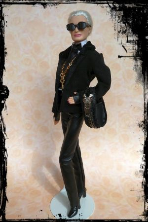 Karla (Lagerfeld) OOAK Barbie by martinaa 11