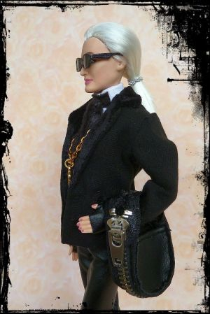 Karla (Lagerfeld) OOAK Barbie by martinaa 7