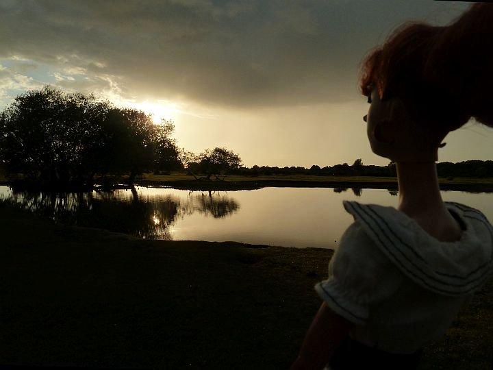 Luzy erlebt einen wunderbaren Sonnenuntergang
