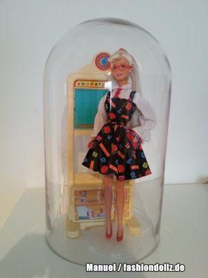 Barbie unter der Glocke Schooolteacher