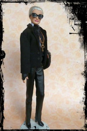Karla (Lagerfeld) OOAK Barbie by martinaa 10