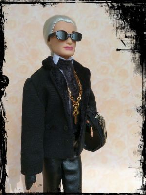 Karla (Lagerfeld) OOAK Barbie by martinaa 12