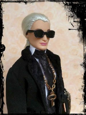 Karla (Lagerfeld) OOAK Barbie by martinaa 9