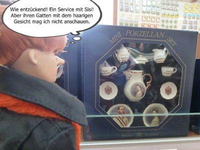 (4) Luzy im gruseligen Puppenmuseum (3)